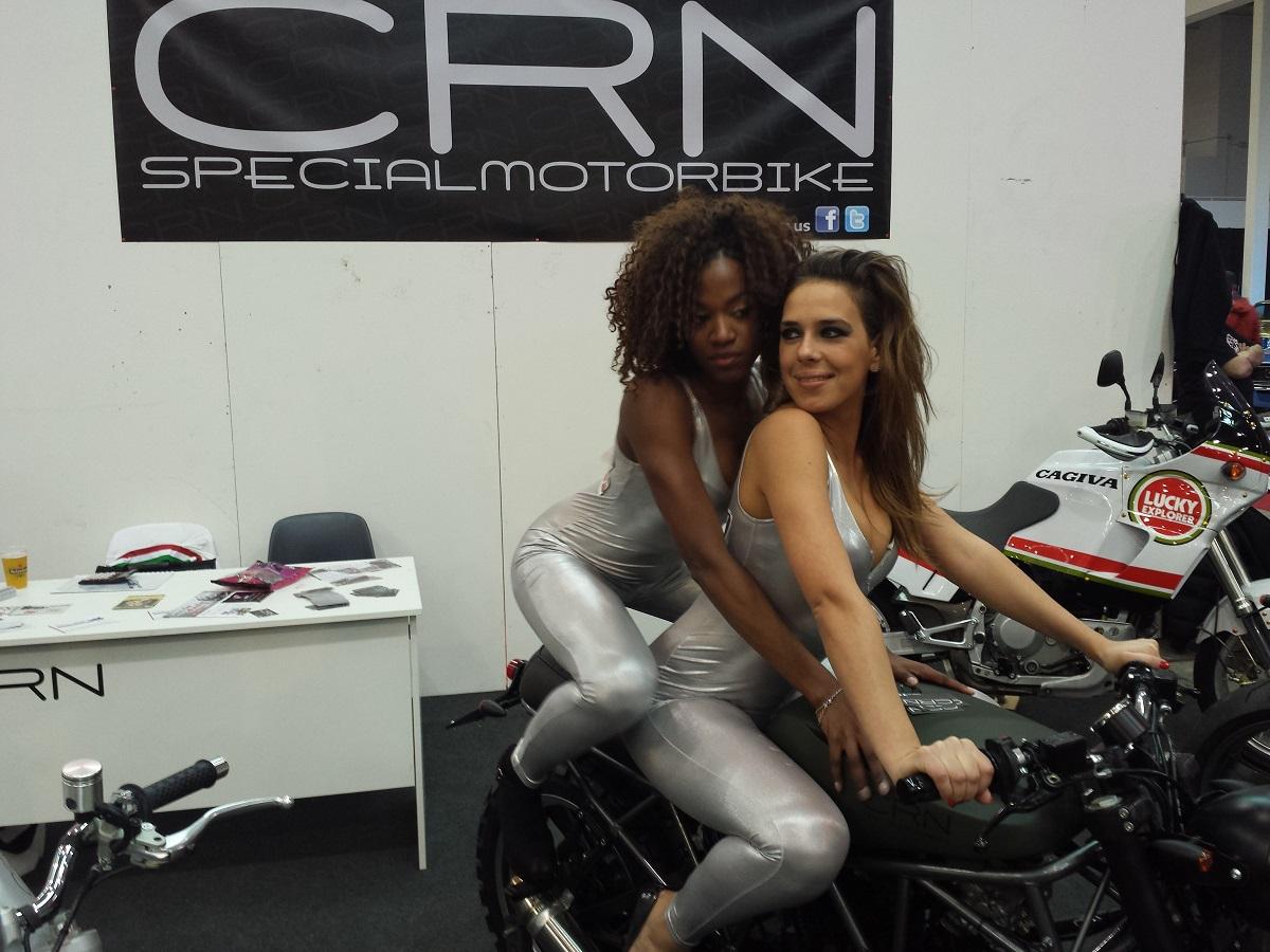 special | crn : café racer napoli - passione moto, stile racer
