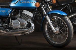 Kawasaki 750 Mach